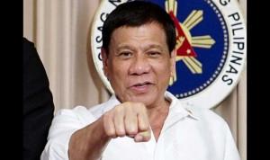 Президент Филиппин разрешил гражданам стрелять в коррумпированных чиновников