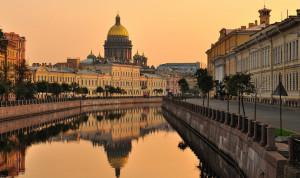 В Санкт-Петербурге внесут изменения в регулирование социальных гарантий для муниципальных служащих